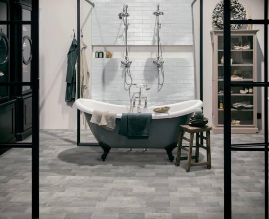Betonbrick-Wall-7.5x30-White-glossy_Betonbrick-Floor-White-Grey-10x20